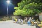 ce-lampadaire-solaire-fait-office-centrale-electrique-pour-quatre-maisons_0_730_4861